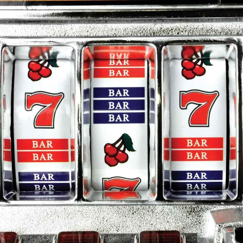 La noire red slot machine